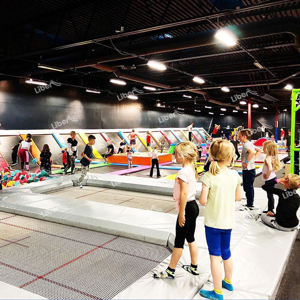 What Should I Pay Attention To When Buying Trampoline Equipment? How To Do Investment Budget?